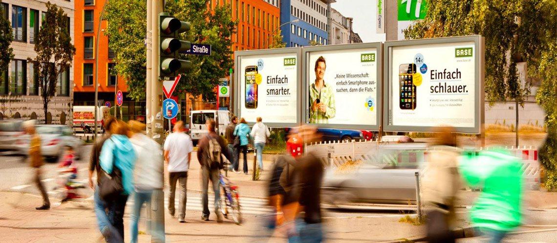Plakatwände Innenstadt Werbung